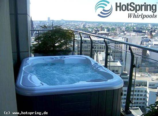 whirlpool bad im garten 06 die gestaltungsidee f r den balkon. Black Bedroom Furniture Sets. Home Design Ideas