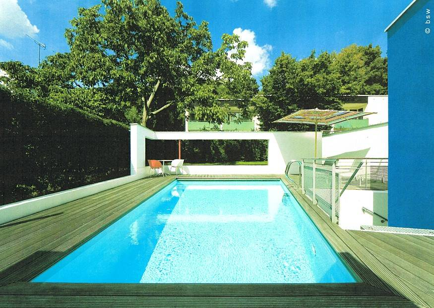 stadtgarten mit swimmingpool gegenstromanlage als erweiterung m glich moderner hausgarten. Black Bedroom Furniture Sets. Home Design Ideas
